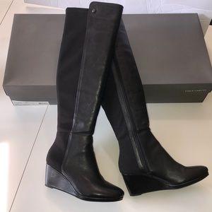EUC Vince Camuto Alexila tall Boots - Size 8